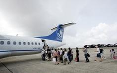 Hành khách tự ý mở cửa thoát hiểm máy bay bị phạt 15 triệu