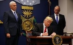 Ông Trump ký sắc lệnh di trú mới:Người có 'thẻ xanh' thở phào
