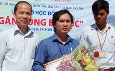 Báo Tuổi Trẻ trao giải thưởng cho 'thầy đưa trò từ rẫy trở về'