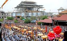 Hàng vạn người tham gia lễ hội Quán Thế Âm ở Đà Nẵng