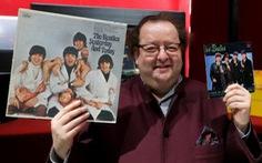 Đấu giá hơn 300 đồ vật của The Beatles