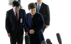 Cựu Tổng thống Park xin lỗi người dân khi ra trình diện