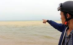Dải nước vàng đục tiếp tục xuất hiện ở cảng biển Chân Mây