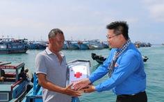 Cảnh sát biển đồng hành với ngư dân