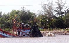 Tìm kiếm nạn nhân mất tích vụ chìm tàu tại Gành Hào
