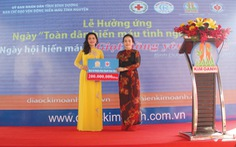 """Kim Oanh tổ chức Ngày hội hiến máu """"Giọt hồng yêu thương"""""""