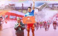 Huỳnh Thanh Tùng tạm giữ áo xanh tổng sắp Cúp truyền hình TP.HCM