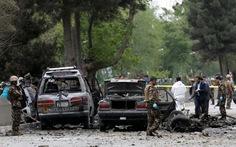 Đoàn xe NATO bị đánh bom, 8 người chết, 25 bị thương