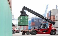 Nghịch lý chở hàng từ TP.HCM đi Vũng Tàu đắt hơn đi Singapore