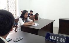 Đề nghị công nhận bản án mẹ Việt kiện đòi con tại VN