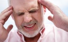 Cẩn trọng với những dấu hiệu đau đầu ở người lớn tuổi