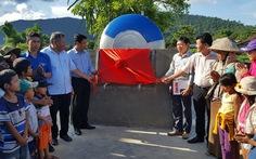 Tặng giếng bơm nước sạch và 100 bồn chứa nước tại Phú Yên
