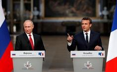 Tổng thống Pháp chỉ trích, chẳng ngán ông Putin