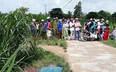 Hai vợ chồng nằm chết thương tâm dưới mương nước