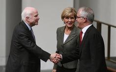 Thượng nghị sĩ McCain: Úc hãy ở cùng Mỹ!