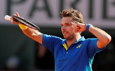 "Hạ Murray sau ""cuộc đua marathon"", Wawrinka vào chung kết Roland Garros 2017"