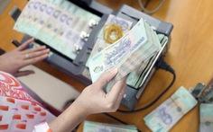 Người nước ngoài dùng hộ chiếu giả rút hơn nửa tỉ đồng