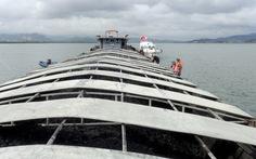 Bắt tàu chở 1.200 tấn than không giấy tờ