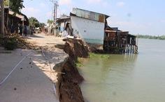 Ngưng khai thác cát để cứu đồng bằng sông Cửu Long