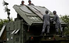 Nhật tập trận phòng không trấn an dân chúng