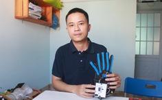 'Găng tay' chuyển ngữ giúp trò chuyện với người khiếm thính