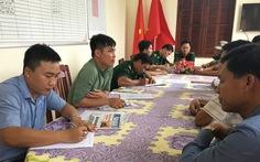 TP.HCM: 2 ngày bắt 11 sà lan chở cát lậu