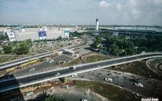 Hai cầu vượt cửa ngõ Tân Sơn Nhất trước ngày thông xe