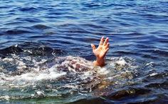 Tắm suối, ba mẹ con chết đuối