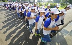 Hơn 100 người tham gia '10.000 bước chân -Thay đổi cuộc sống'