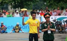 """Cuộc đua xe đạp """"Về Trường Sơn - 2017, Cúp báo Quân đội nhân dân"""" :Nguyễn Cường Khang thắng chặng đầu"""