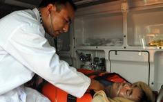 Cấp cứu thuyền viên Trung Quốc bị đột quỵ