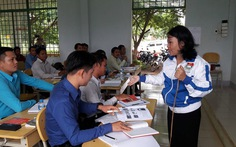 Chiến sĩ tình nguyện TP.HCM giúp người dân nghèo tại Lào