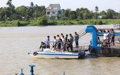 Đã tìm thấy thi thể 2 mẹ con vụ chìm ghe trên sông Sài Gòn