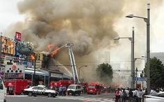 Cháy chợ cá Tsukji nổi tiếng tại Tokyo