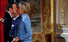 Tổng thống Pháp bị phản ứng khi muốn 'chính danh' cho vợ