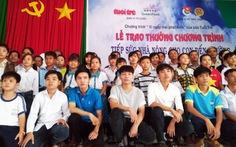 Trao thưởng tiếp sức con nhà nông tại tỉnh Vĩnh Long