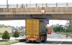 Chết oan vì cầu vượt quá thấp, lộ sự bất thường trong xây dựng