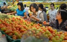 Tăng thuế VAT: Người tiêu dùng phải 'thắt lưng buộc bụng'