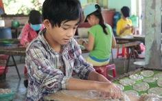 'Trẻ Chanchu' trước ngày khai trường: bóc cá bò đổi sách vở