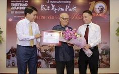 Nhà văn hóa Hữu Ngọc nhận Giải thưởng lớn Vì tình yêu Hà Nội