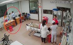Điều tra vụ giám đốc tát nữ bác sĩ