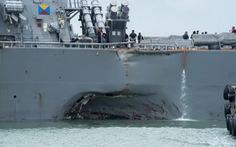 Tàu Mỹ liên tục va chạm do… thiếu tiền?