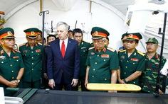 Mỹ bàn giao toà nhà giảng đường cho Bộ Quốc phòng VN