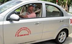 Khuyết tật một chân có được lái xe?