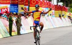 Quốc Cường thắng chặng 1 Giải đua xe đạp Truyền hình Bình Dương
