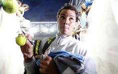 """Nadal """"nghiền nát"""" Dzumhur ở vòng 3 Úc mở rộng 2018"""