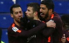 Barcelona chật vật cầm chân Espanyol