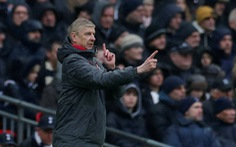 HLV Wenger khen ngợi Harry Kane