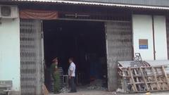 Cháy xưởng cơ khí, 2 người bị thương