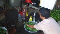100 hộ dân giữa TP.HCM mong mỏi có nước sạch